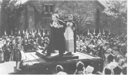Scene Starring Lillian Gish and Lars Hanson