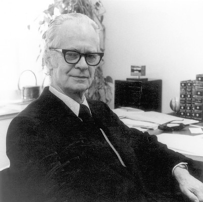 b f skinner biography A short review of contributions from bf skinner adapted from the biography written by henry d schlinger and edward k morris published in 'oxford bibliog.